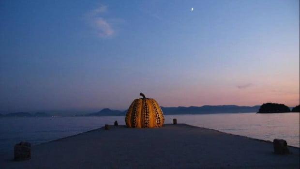 Đảo Naoshima trên Seto Inland Sea biết đến với các phòng trưng bày nghệ thuật