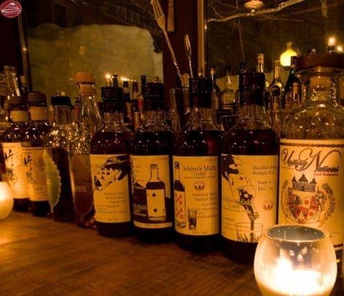 Những chai rượu ở Gyu Bar