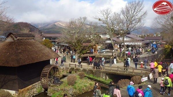 Ngôi làng cổ Oshino Hakkai thu mình dưới chân núi Phú Sĩ