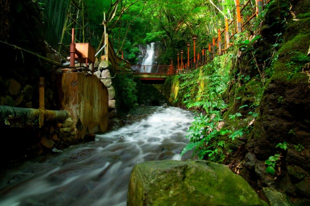 atami-green-water-1196
