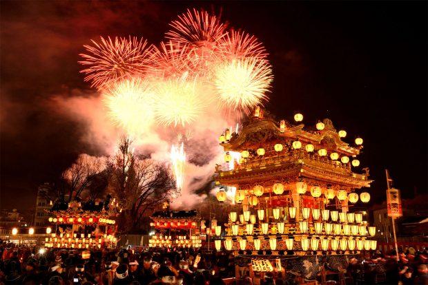 Màn trình diễn pháo hoa đặc sắc của lễ hội Chichibu