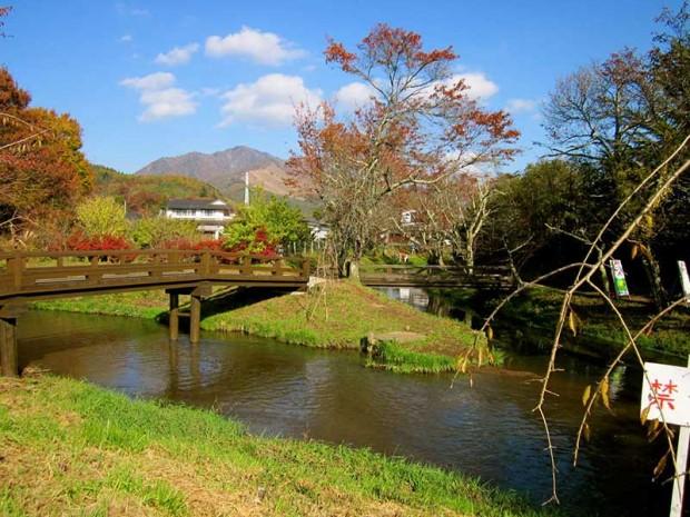 Làng cổ Oshino Hakkai chớm thu