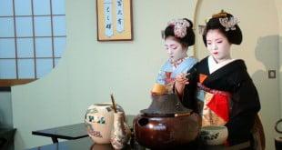 Tại sao lễ trà lại trở thành một nét văn hóa riêng và được chú ý ở Nhật