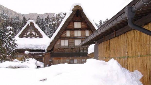 Làng cổ Shirakawa-go