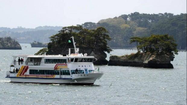 Matsushima - du thuyền trên vịnh với 260 đảo nhỏ