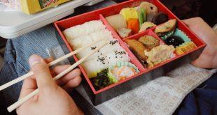 Những hộp cơm Bento đẹp không nỡ ăn ở Nhật Bản !