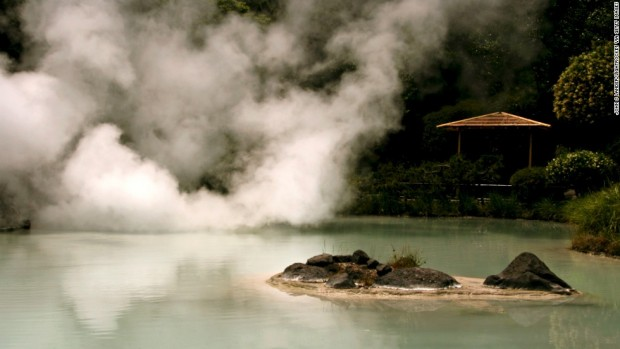 """BEPPU, OITA, JAPAN - 2007/05/19: Shiraike Jigoku, or """"white pond hell"""", one of the hot springs at Beppu that are for viewing only - the water is too hot for bathing.. (Photo by John S Lander/LightRocket via Getty Images)"""