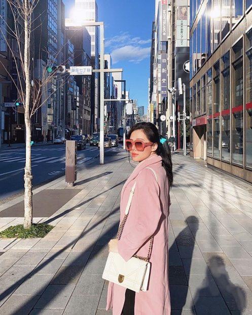Diễn viên Phương Anh dạo phố ở Tokyo