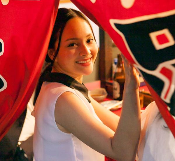 Diễn Viên Lan Phương hào hứng du lịch Nhật