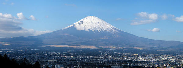 Gotemba-city-and-Mount-Fuji-1030