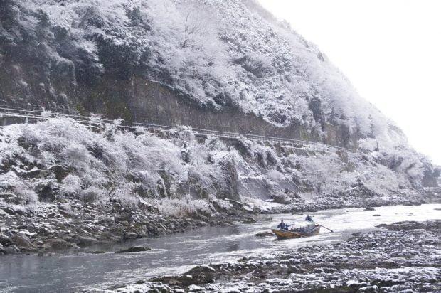 hozugawa_mùa-đông-tuyết-trắng