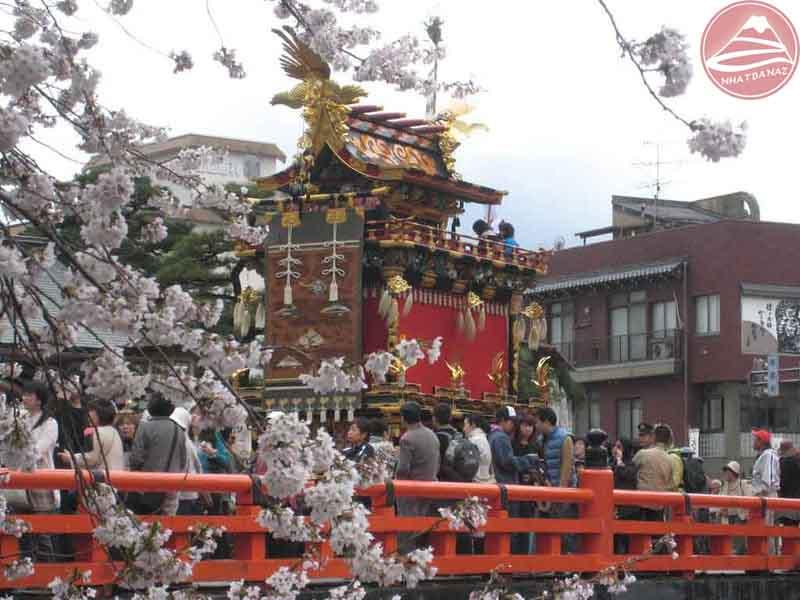 lễ hội takayama