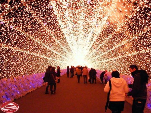 Lễ hội ánh sáng ở Nabana_no_sato