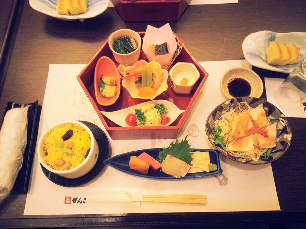 Bừa ăn Nhật Bản tươi sống, cầu kỳ