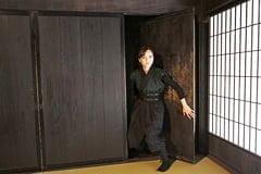 """Thăm làng Ninja Nhật Bản, khám phá """"bí ẩn bóng tối"""" và xem Ninja biểu diễn"""